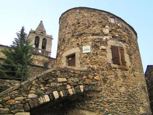 Llívia_torre_i_castell